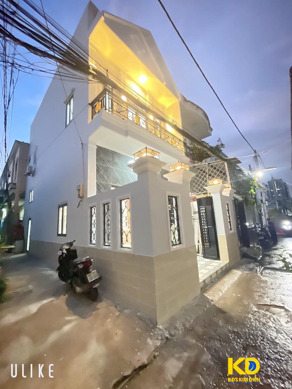 Bán nhà góc 2 mặt tiền tiện kinh doanh hẻm 994 Huỳnh Tấn Phát P. Tân Phú Quận 7