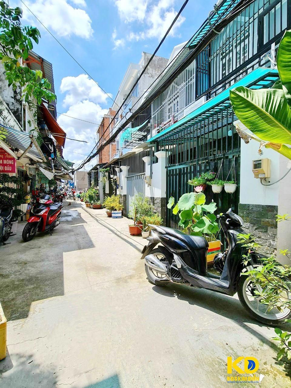 Bán nhà 1 lầu hẻm 1982 đường Huỳnh Tấn Phát thị trấn Nhà Bè